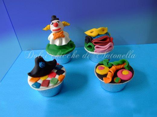 Cupcake di carnevale - Decorazioni per torte di carnevale ...